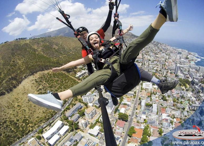 Parapax Tandem Paragliding image 3
